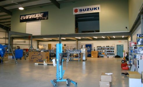 Duncan-Marine-Shop
